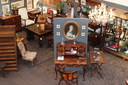 Lincoln & Hemswell Antiques Centres
