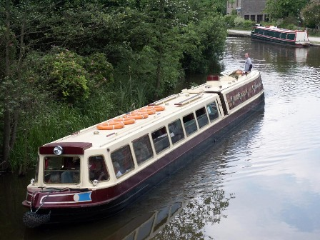 Peak Forest Canal Cruise including Lunch